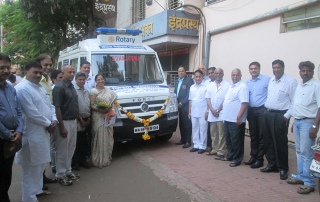 Rotary Club of Kolhapur Central Rotary District – 3170 India and Rotary Club of Waynesboro Rotary District - 7360 USA Rotary Foundation jointly donated Mobile Medical Unit to Lotus Medical Foundation
